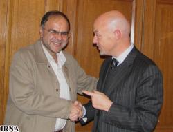 Brigadier général des Pasdaran, Jalal Fayyazi (IRNA) et Pierre Louette (AFP)